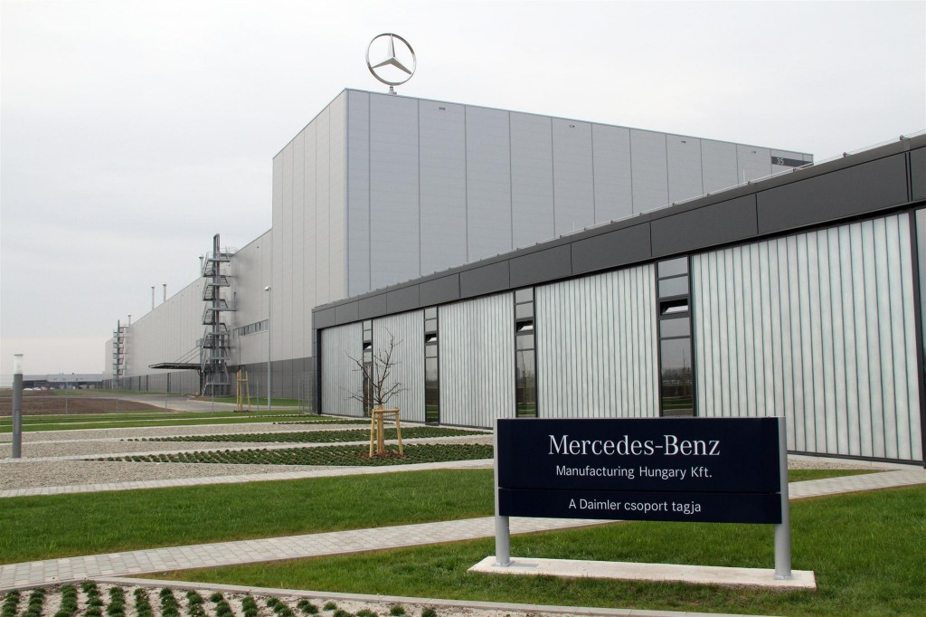 Mercedes-Benz Manufacturing Hungary management, unions seal ...