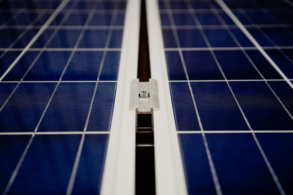 ReneSola agrees to sell Hungary solar parks to Obton