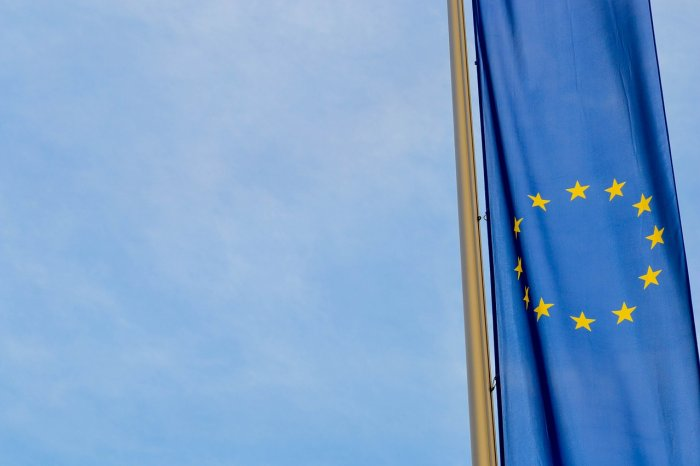 Three out of 4 Hungarians deem EU beneficial, poll finds