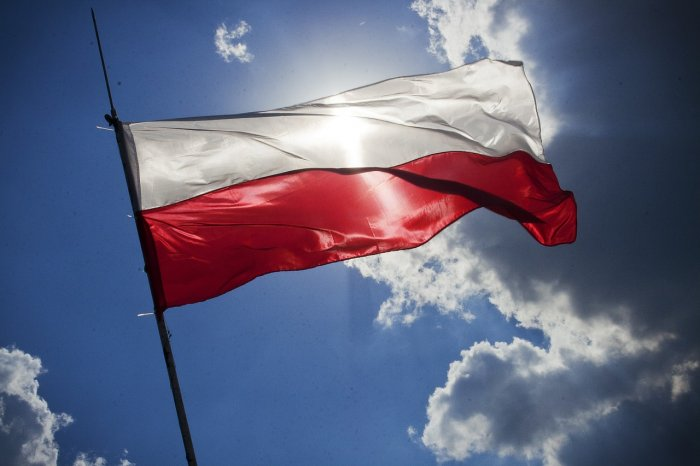 Poland's ruling nationalists win parliamentary election