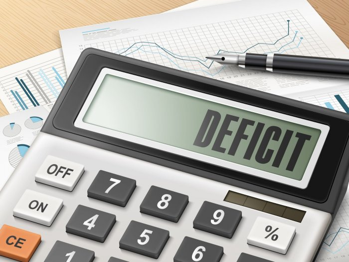 Gen gov't deficit over HUF 1.144 tln at end-March