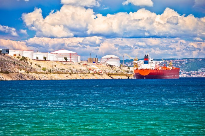 Deliveries from Croatian LNG terminal start