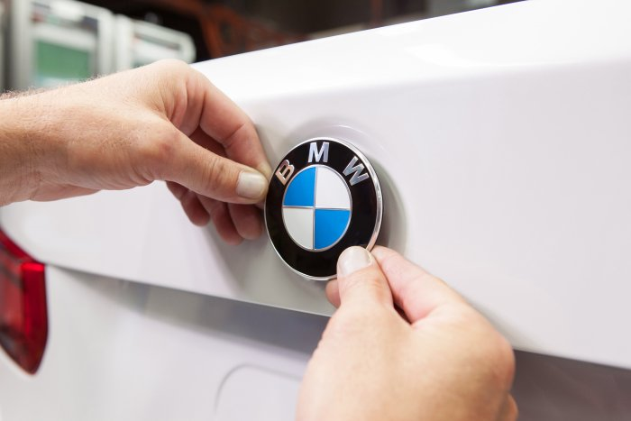 BMW takes delivery of site for new production base in Hungary
