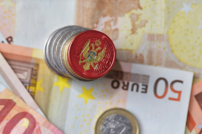 Montenegro deflation slows in December