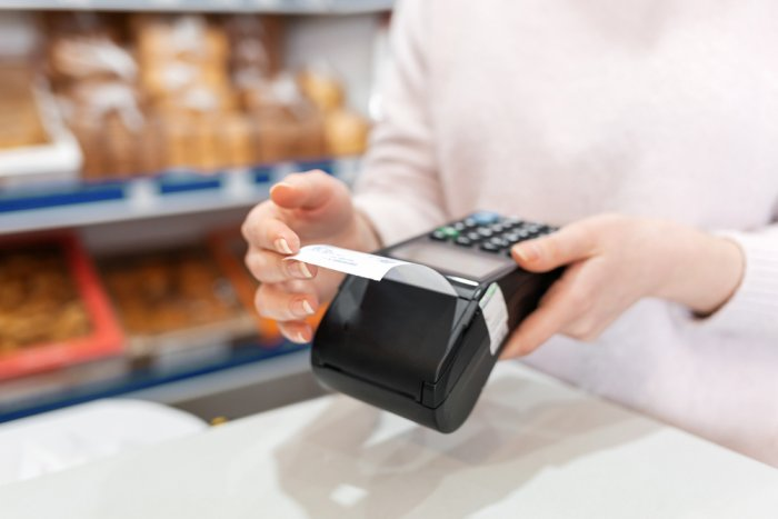 Bill to be introduced encouraging bank card use