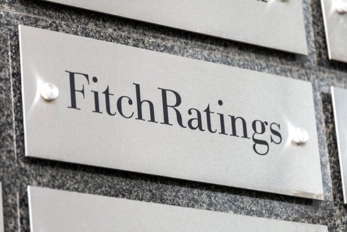 Fitch revises Slovakia's outlook to negative