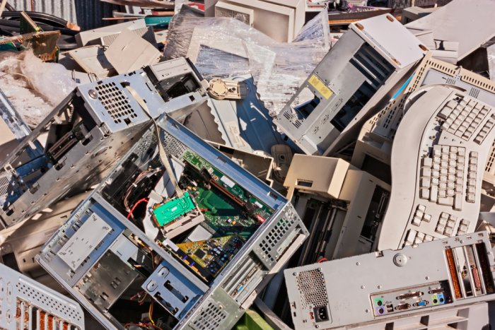 Hungarian households produce 32.6 kg of e-waste per year
