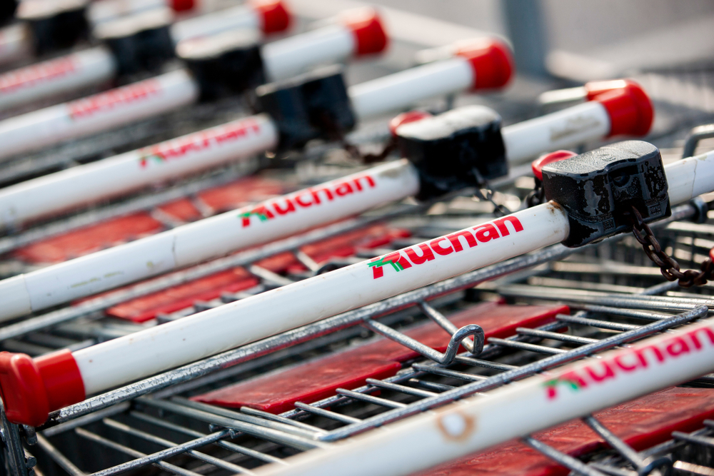 Auchan launches used clothing business line in Romania